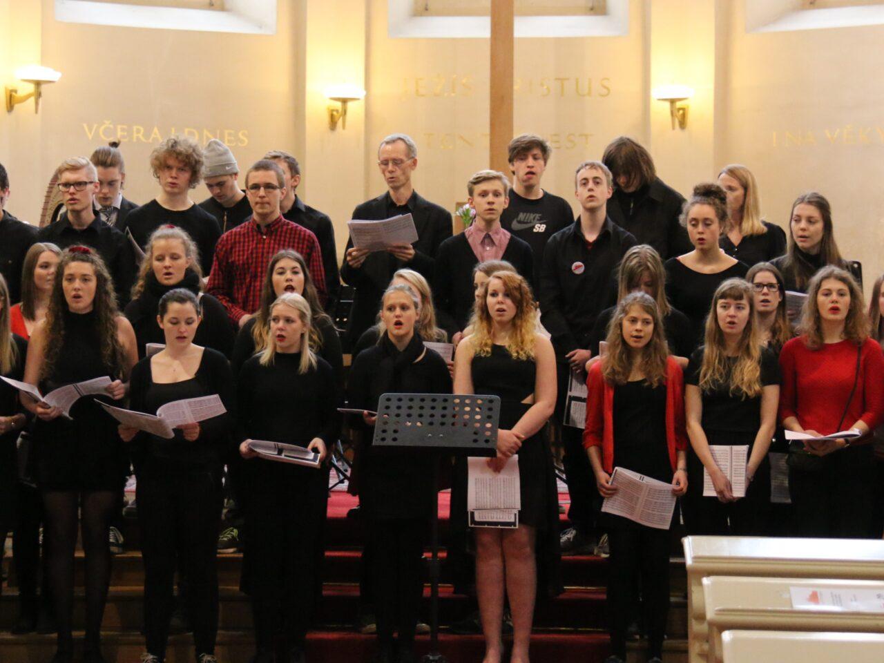 Skolens kor giver koncert i Prag