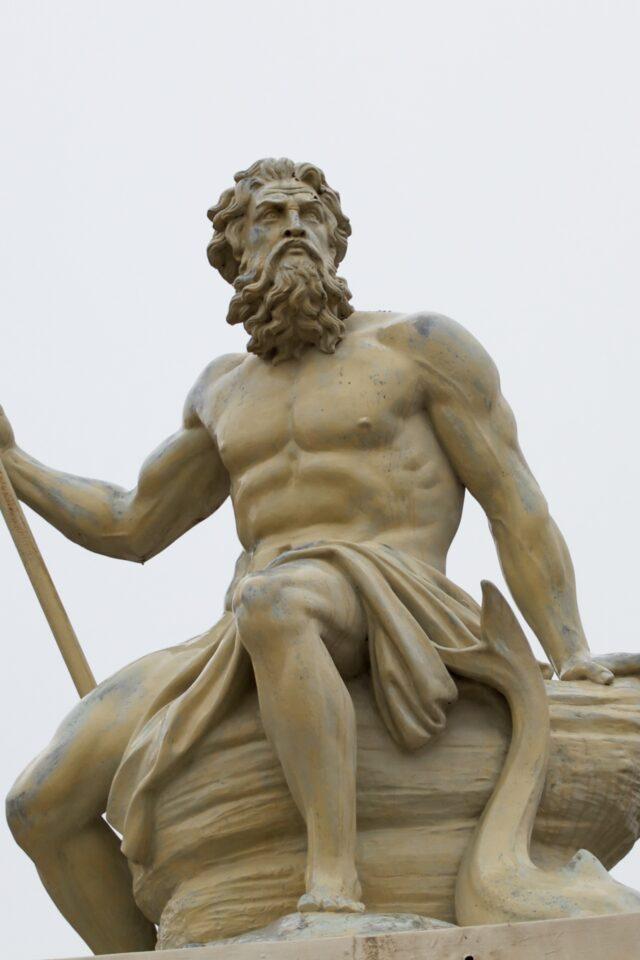 Skulptur af Poseidon