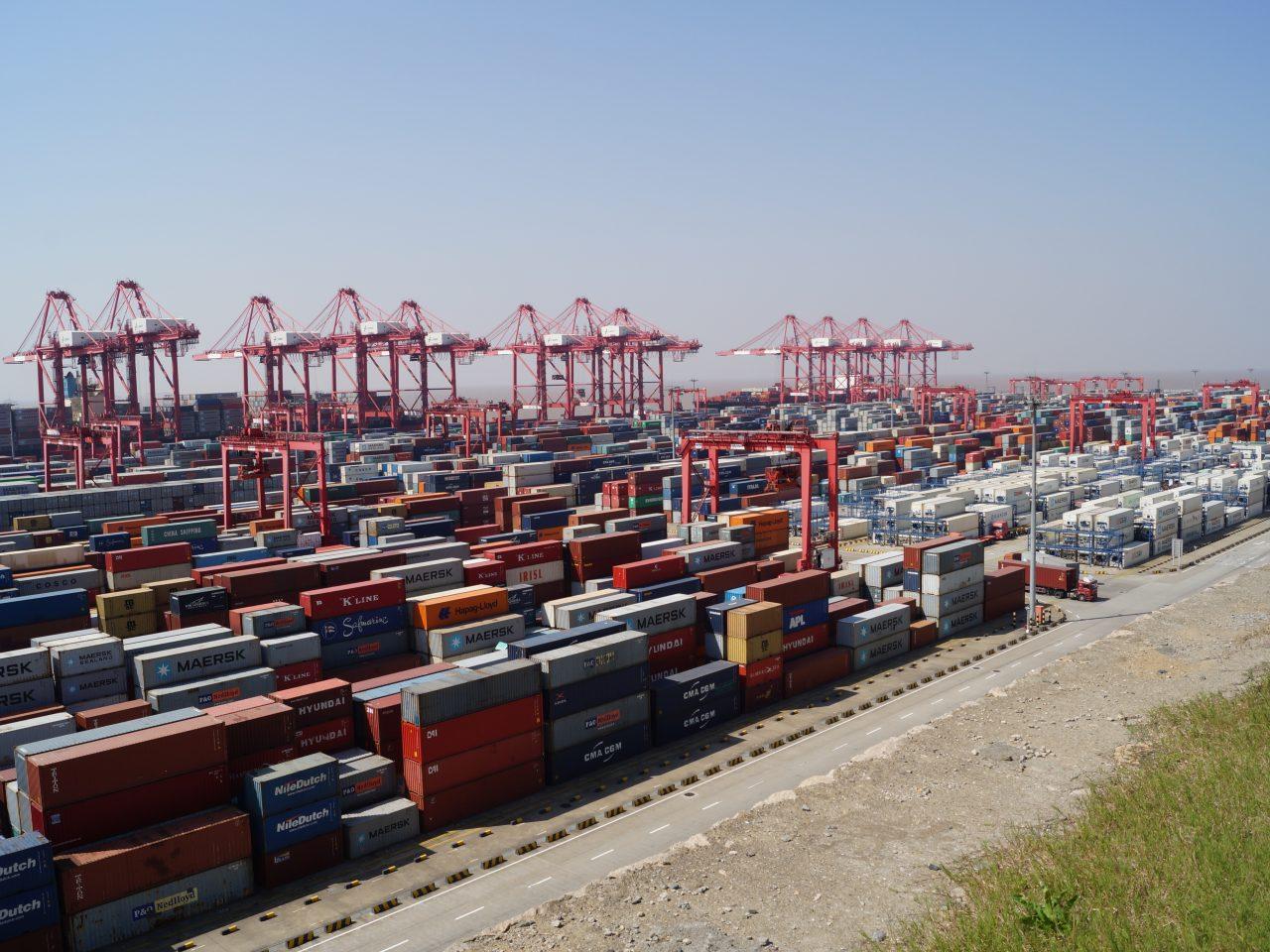 Billede af en masse containere, industri i Kina
