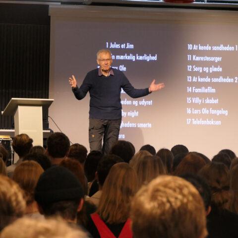 Nils Malmros holder foredrag