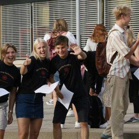 Glade tutorer, der tager i mod de nye 1.g elever